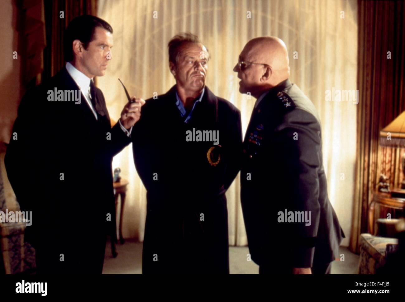 ¿Cuánto mide Jack Nicholson? - Real height - Página 2 Pierce-brosnan-jack-nicholson-y-rod-steiger-mars-attacks-1996-dirigida-por-tim-burton-warner-bros-imagenes-f4pjj5