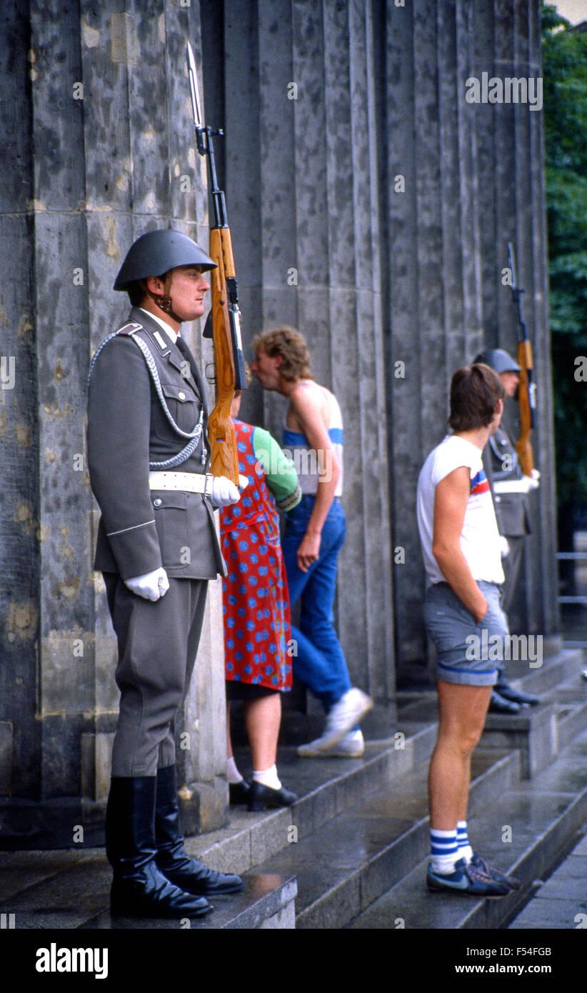 1985. A Berlín Oriental en la era de la guerra fría Imagen De Stock