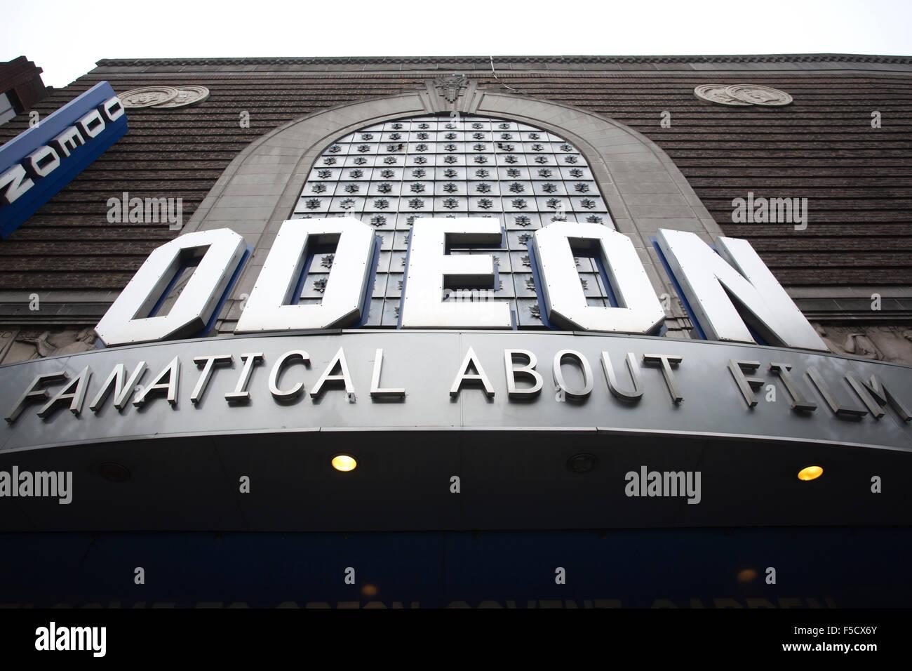 Cine Odeon, Covent Garden, el West End, Londres, Inglaterra, Reino Unido Imagen De Stock