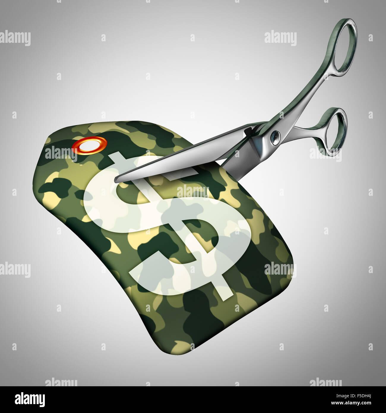 Reducciones militares y fuerzas armadas recortes concepto como un símbolo de reducción del gasto de defensa Imagen De Stock