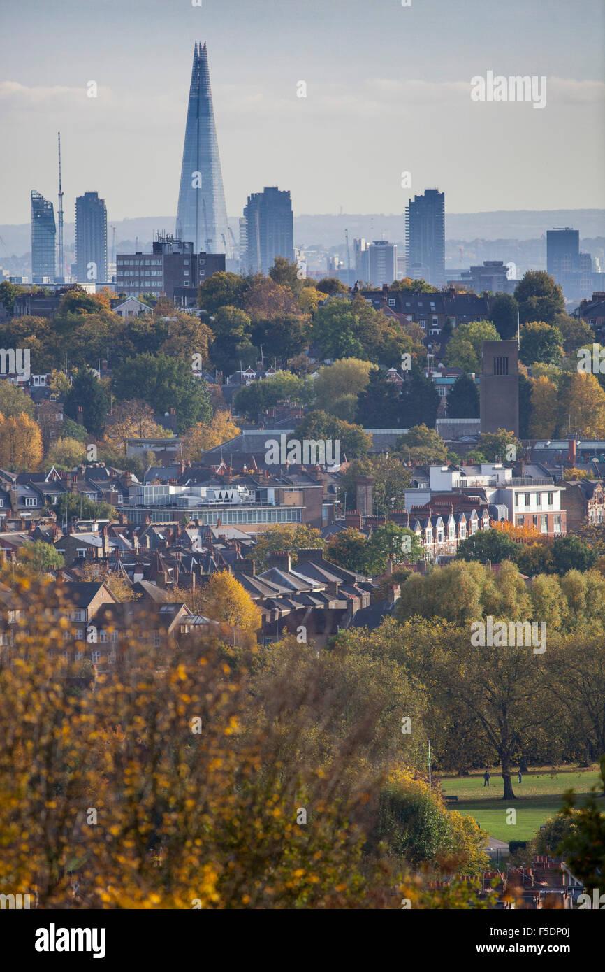 Vistas al norte de Londres distritos de Crouch End y en el barrio de Hornsey Haringey, al horizonte de la ciudad Imagen De Stock