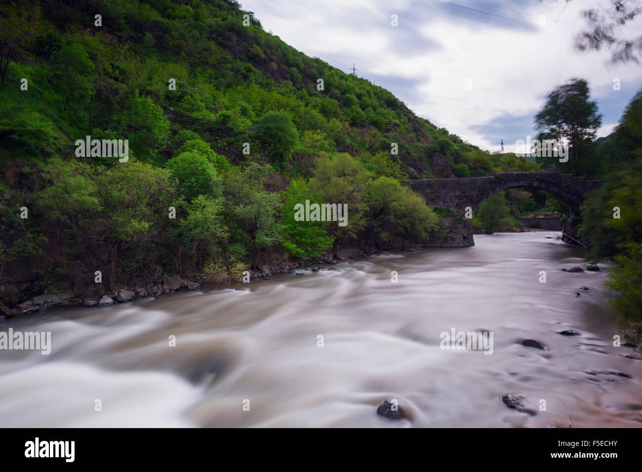 Puente de Piedra, provincia de Lori, Armenia, el Cáucaso, Asia Central, Asia Imagen De Stock