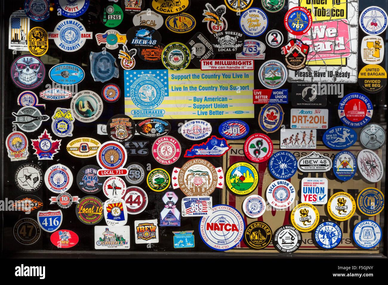 Las Vegas, Nevada. Pegatinas de pertenencia a la Unión. Imagen De Stock