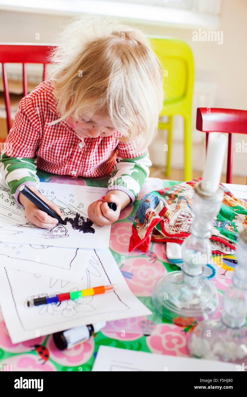 Suecia, Chica (2-3) colorear imágenes Imagen De Stock