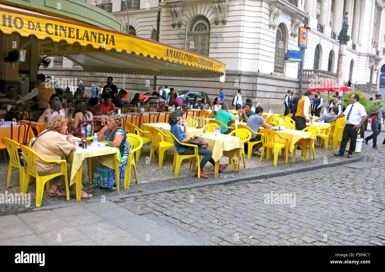 Terraza Del Restaurante Café Pra A Floriano De Cinelandia De