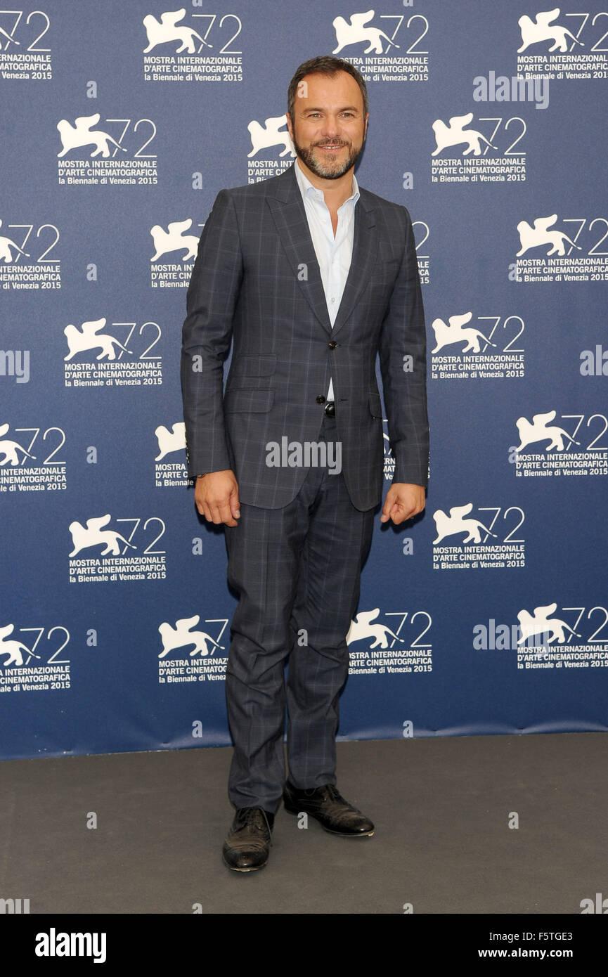 "72º Festival de Cine de Venecia - ""Por Amor"" - Vostro Photocall Featuring: Massimiliano Gallo donde: Imagen De Stock"