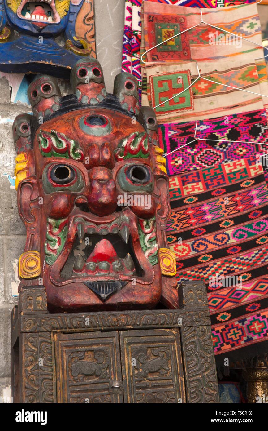India, Himachal Pradesh, Spiti, Kaza, La Darcha mercado Festival, artesanía cala, tsechu cham máscara de baile Foto de stock