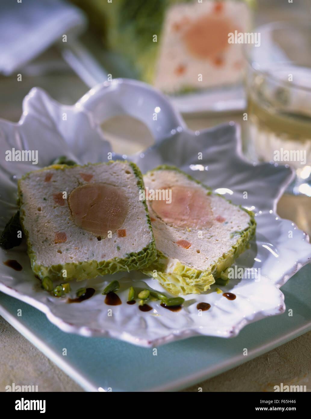 El pollo y la terrina de foie gras de pato Foto de stock