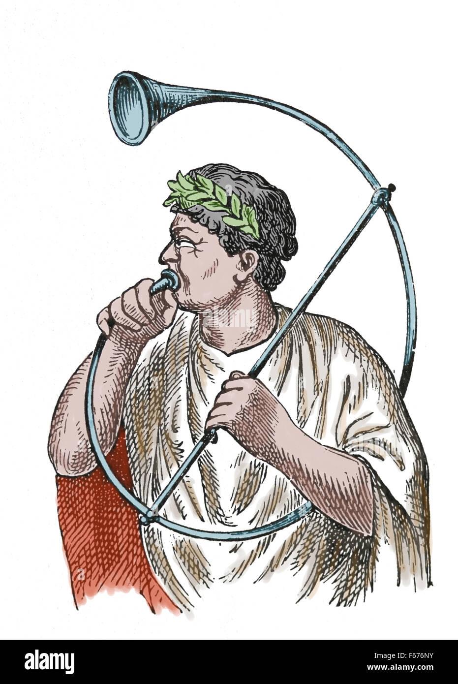 Instrumento musical militar romano. La Cornu. Grabado. Siglo xix. Color. Imagen De Stock