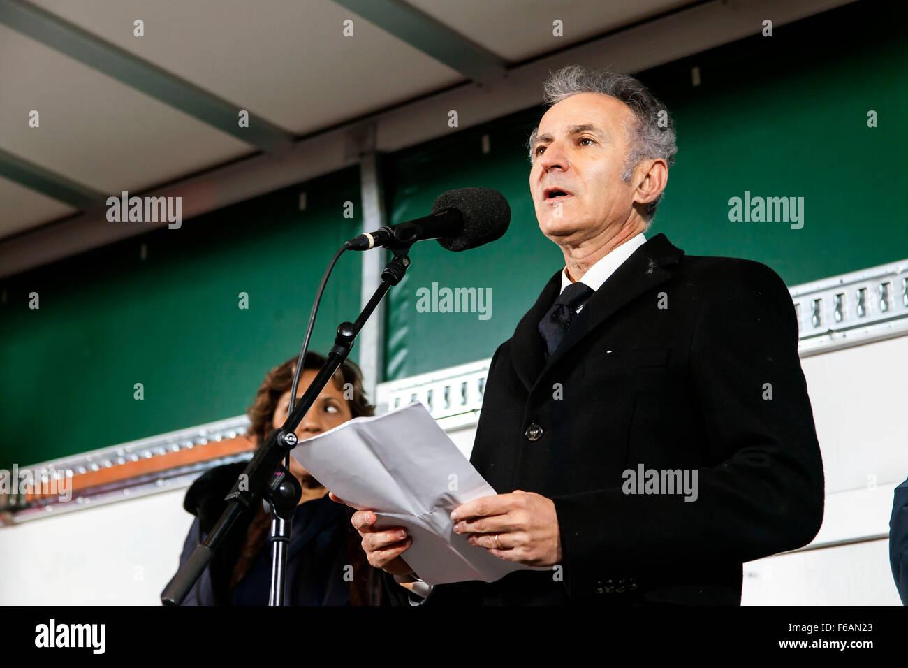 Copenhague, Dinamarca. El 15 de noviembre de 2015. El embajador de Francia en Denmarrk, François Zimeray, habla Imagen De Stock