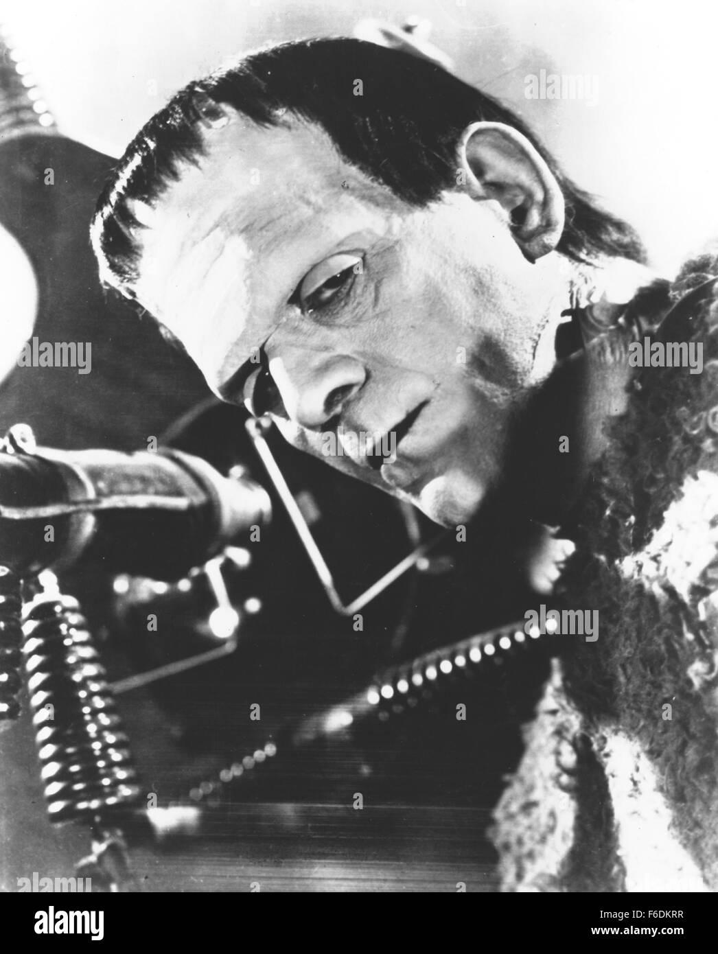 Frankenstein Laboratory Imágenes De Stock & Frankenstein Laboratory ...