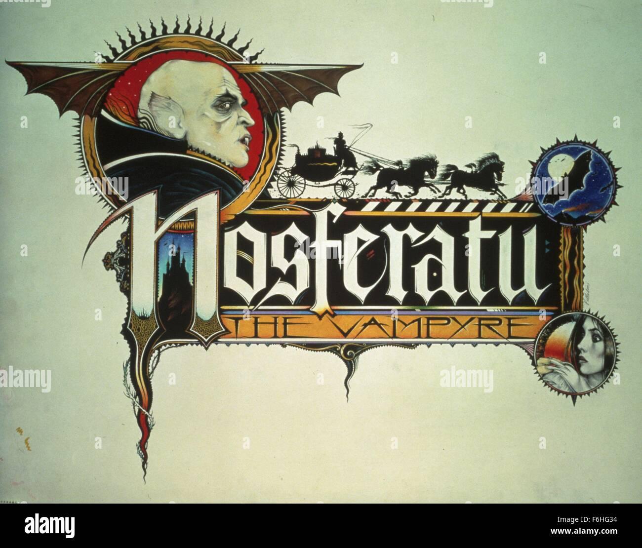 1979, el título de la película: Nosferatu, el VAMPYRE, Director: Werner Herzog, Estudio: Fox, Foto: personaje, Drácula y otros vampiros, Drácula: vampiro, grotesco maquillaje, Werner Herzog. (Crédito de la imagen: SNAP). Foto de stock