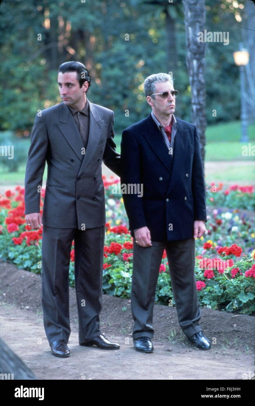 ¿Cuánto mide Andy García? - Real height Fecha-de-lanzamiento-25-de-diciembre-de-1990-titulo-de-la-pelicula-el-padrino-parte-iii-estudio-paramount-pictures-director-francis-ford-coppola-parcela-en-medio-de-tratar-de-legitimar-sus-negocios-en-1979-nueva-york-e-italia-el-envejecimiento-de-la-mafia-don-michael-corleone-busca-voto-por-sus-pecados-mientras-toma-un-joven-prot-g-bajo-su-ala-foto-al-pacino-como-don-michael-corleone-y-andy-garcia-como-vincent-mancini-credito-de-la-imagen-c-paramount-pictures-entertainment-pictures-f6j3hh
