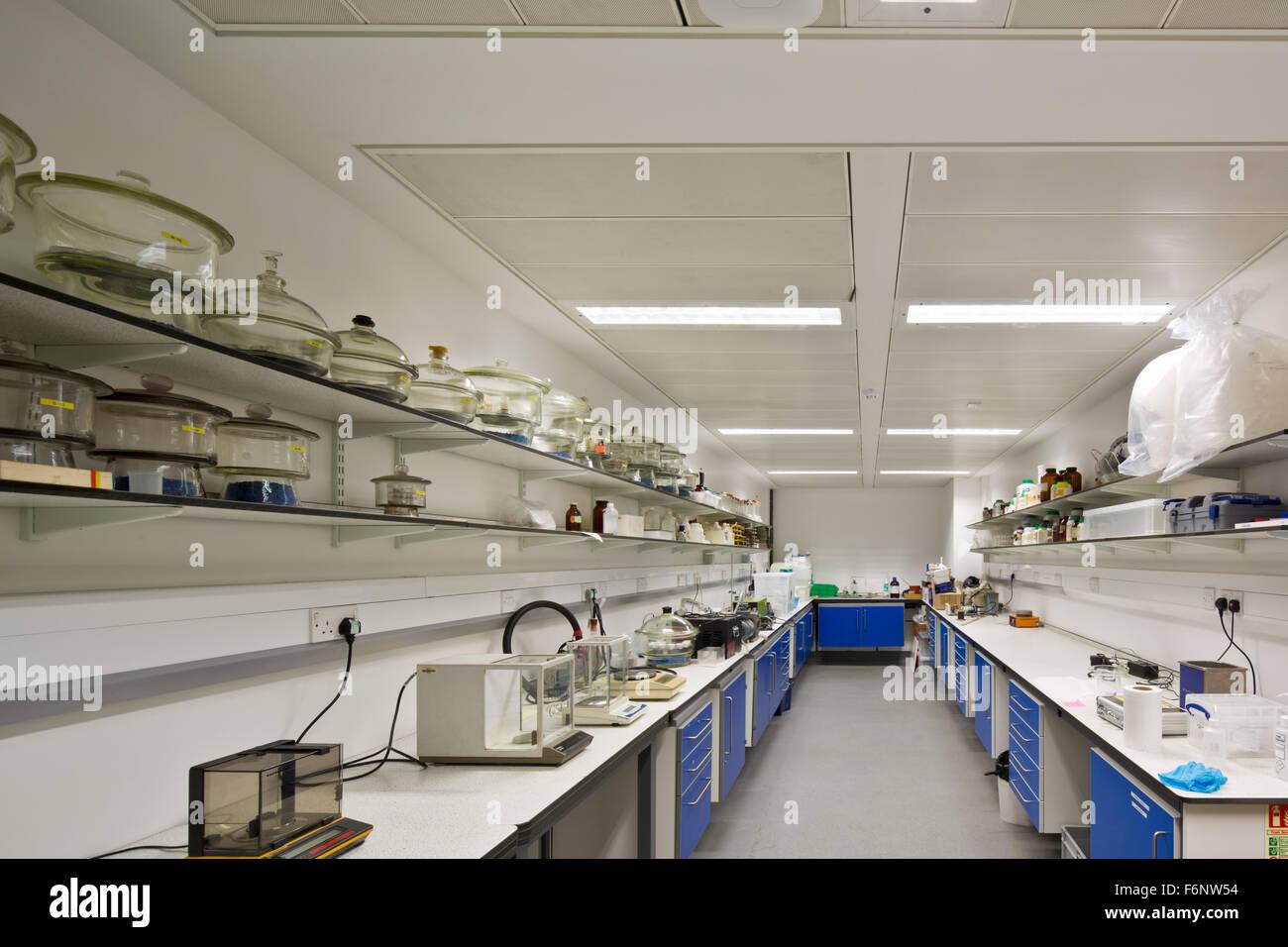 Laboratorio en el Imperial College de Londres. Construcción Escuela Real de Minas. Imagen De Stock