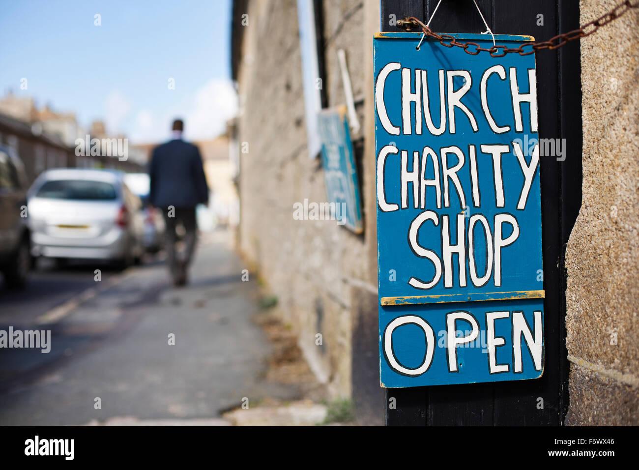 Una tienda benéfica de la iglesia en las Islas de Scilly, Cornwall Imagen De Stock
