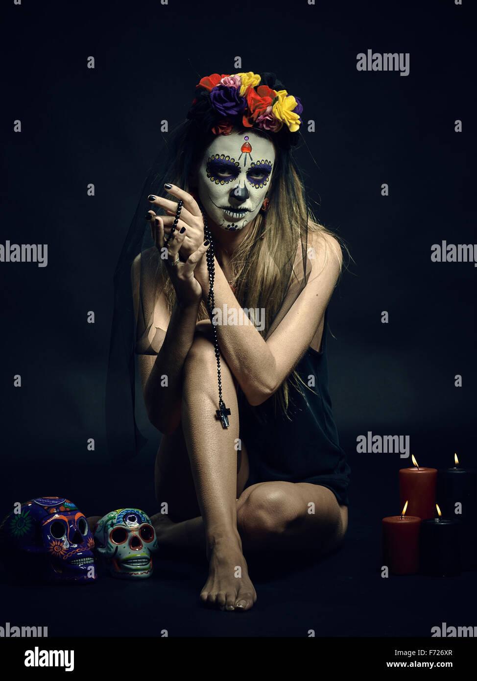 La Muerte. Día clásica mexicana de la muerte maquillaje Imagen De Stock