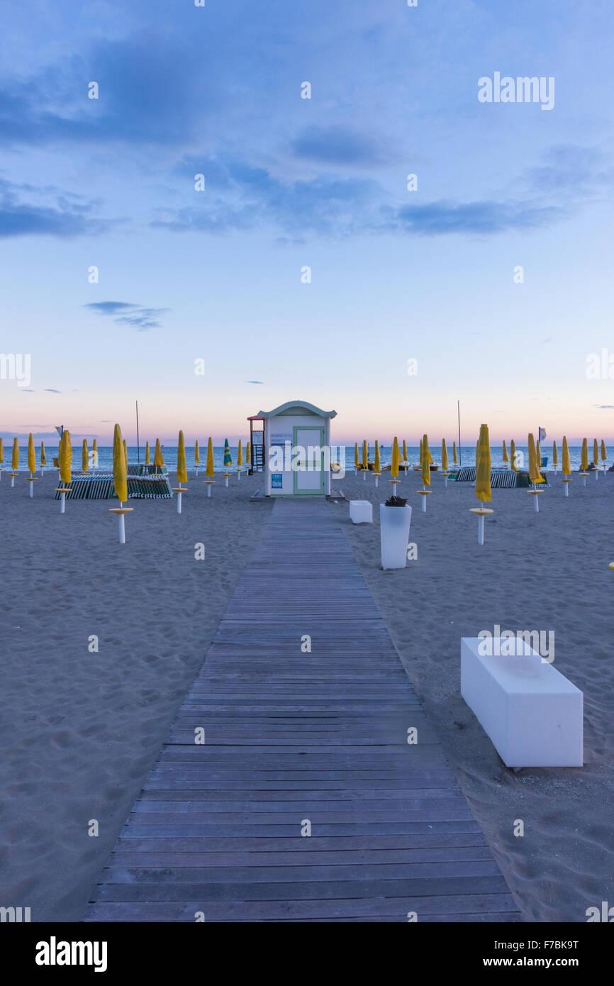 Playa turística villa de Grado, Friuli-Venezia Giulia, Italia, Friaul-Julian Venetia, Grado Imagen De Stock