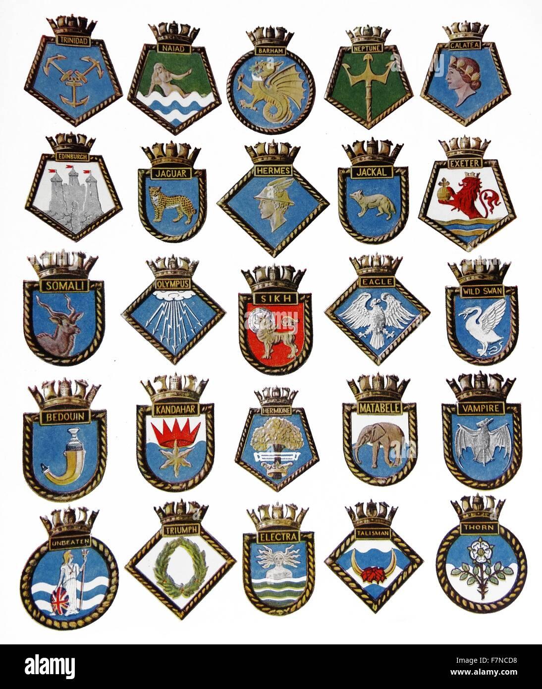 Una insignia de cada uno de los 25 tipos de buques de la Royal Navy perdió el servicio de guerra en el año Imagen De Stock