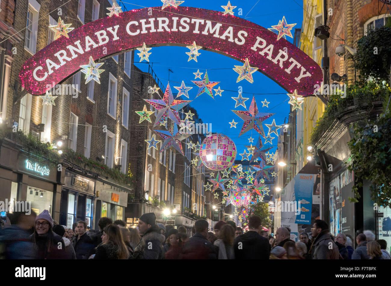 Decoraciones de Navidad Navidad Carnaby Street de Londres Londres 2016 Imagen De Stock