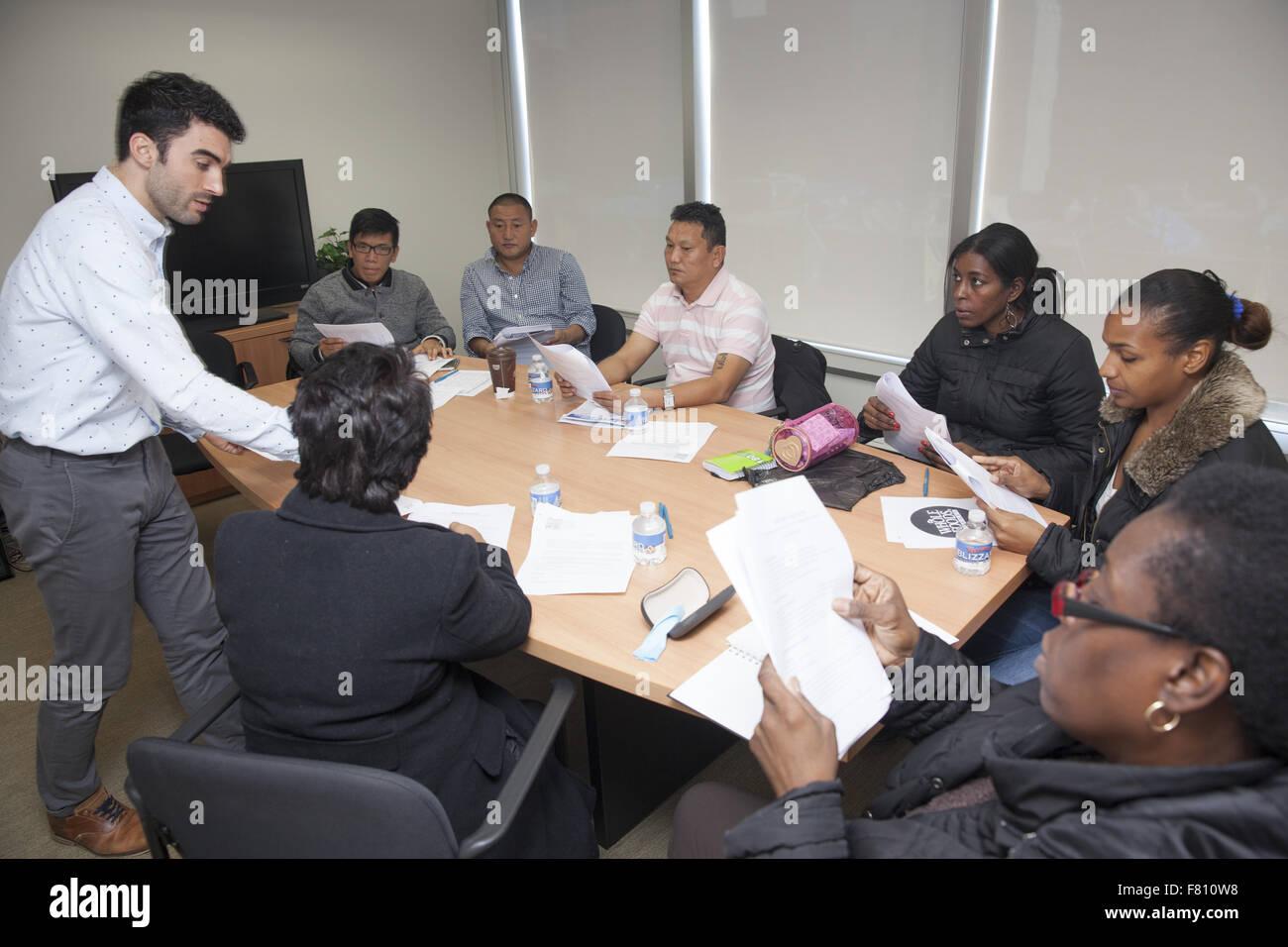 Centro Comunitario patrocinadores clases para inmigrantes a ingresar ...