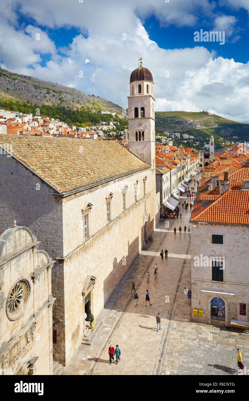 Dubrovnik, Stradun, calle principal lugar en el casco antiguo de Dubrovnik, Croacia Foto de stock