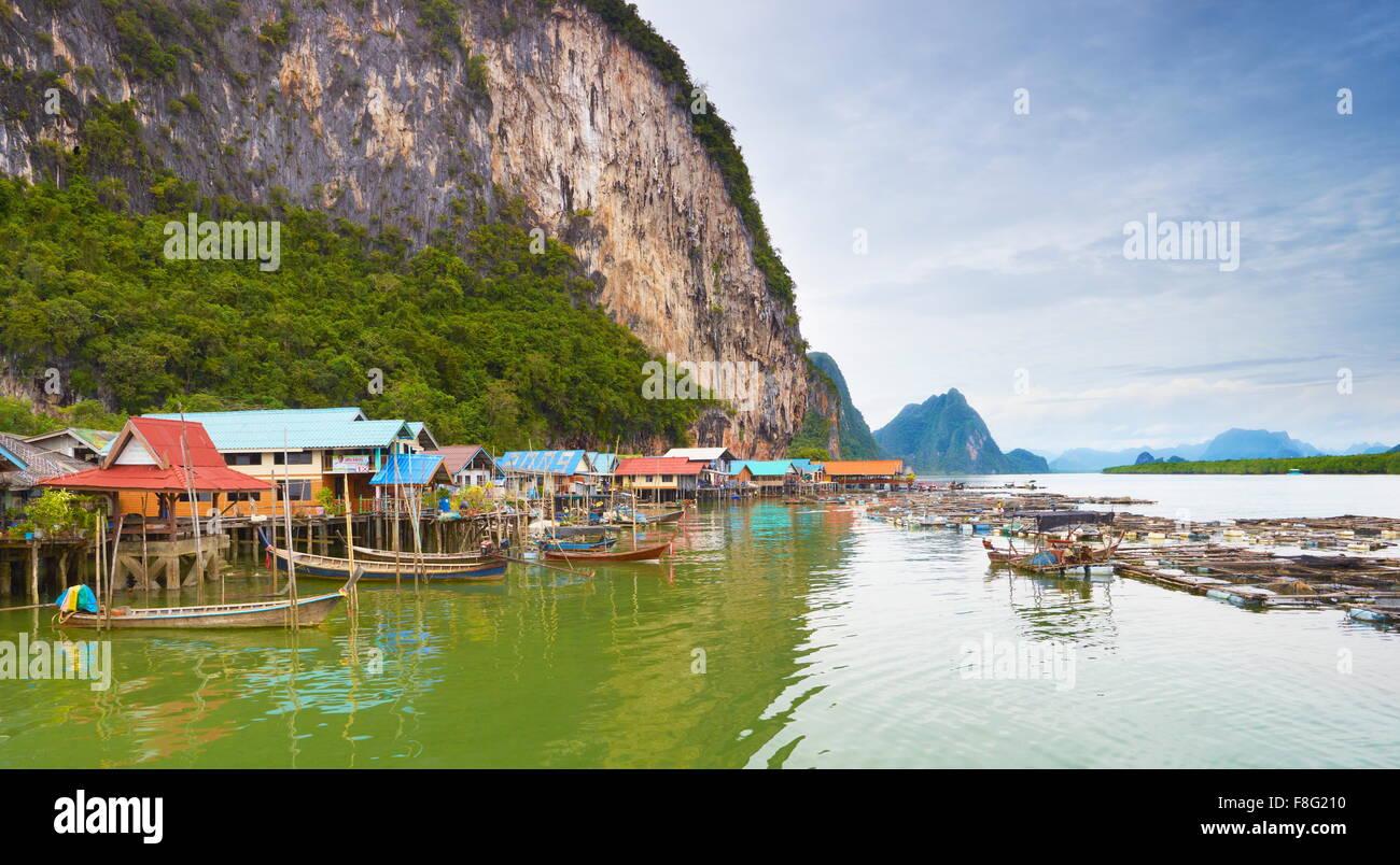 Tailandia - Isla Panyee, Phang Nga Bay, pueblo pesquero musulmán Imagen De Stock