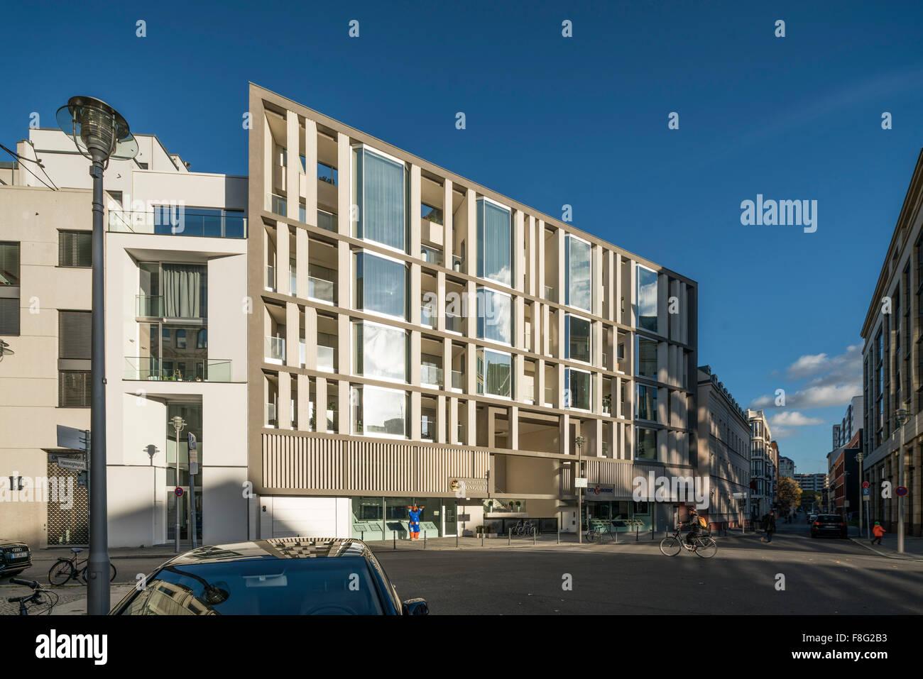 Arquitectura moderna, Hausvogteiplatz 14 , salon Bauhaus, Berlin Mitte, Imagen De Stock