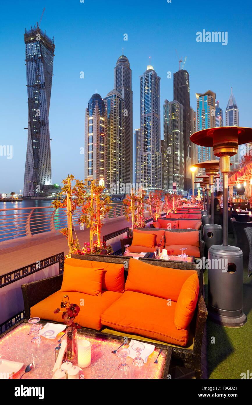 - Marina de Dubai, Emiratos Árabes Unidos Foto de stock