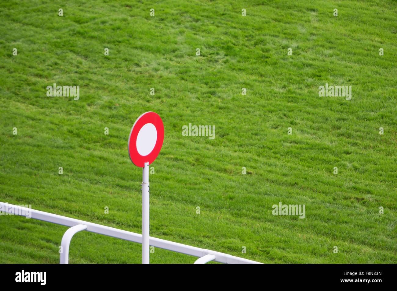 Acabado Post sobre pista de carreras de caballos Imagen De Stock