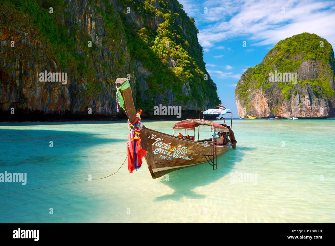 Tailandia - Maya Tropical Bay en la isla de Phi Phi Leh, Mar Andaman. Imagen De Stock