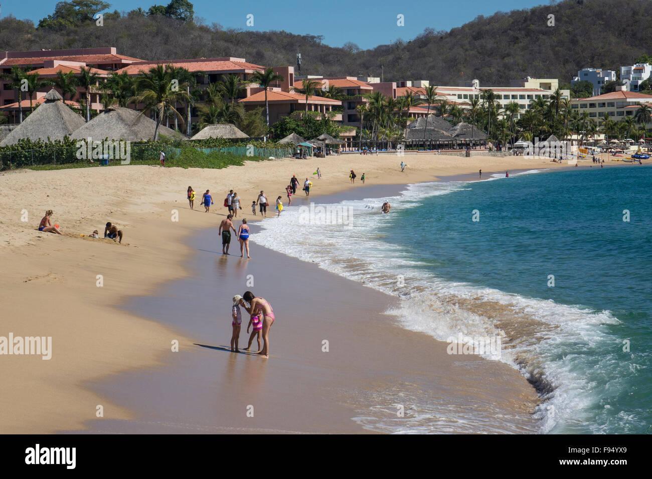 México. Tangolunda, Huatulco, Oaxaca, Playa Foto de stock