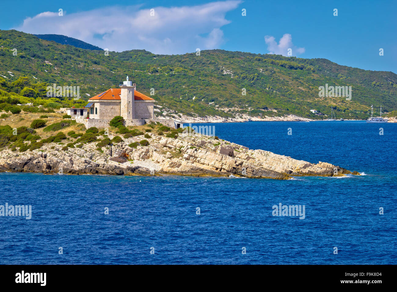 Isla de Vis lighthouse vista, Dalmacia, Croacia Foto de stock