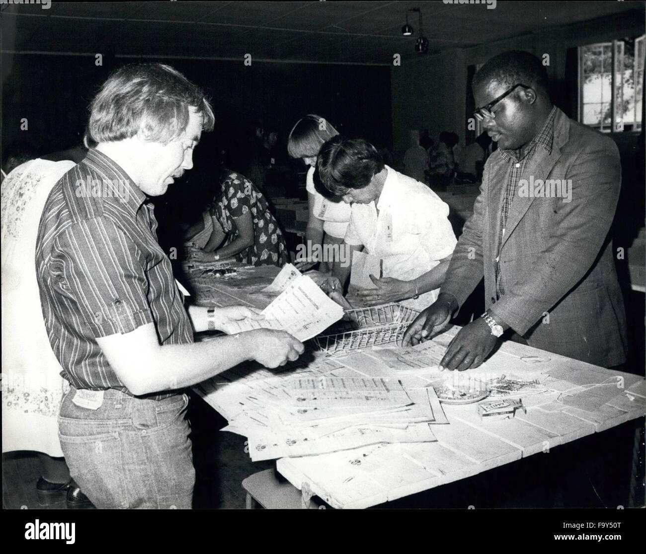 1968 - Elección de Rhodesia: La fotografía muestra el recuento de la votada por los negros de Rhodesai, Imagen De Stock