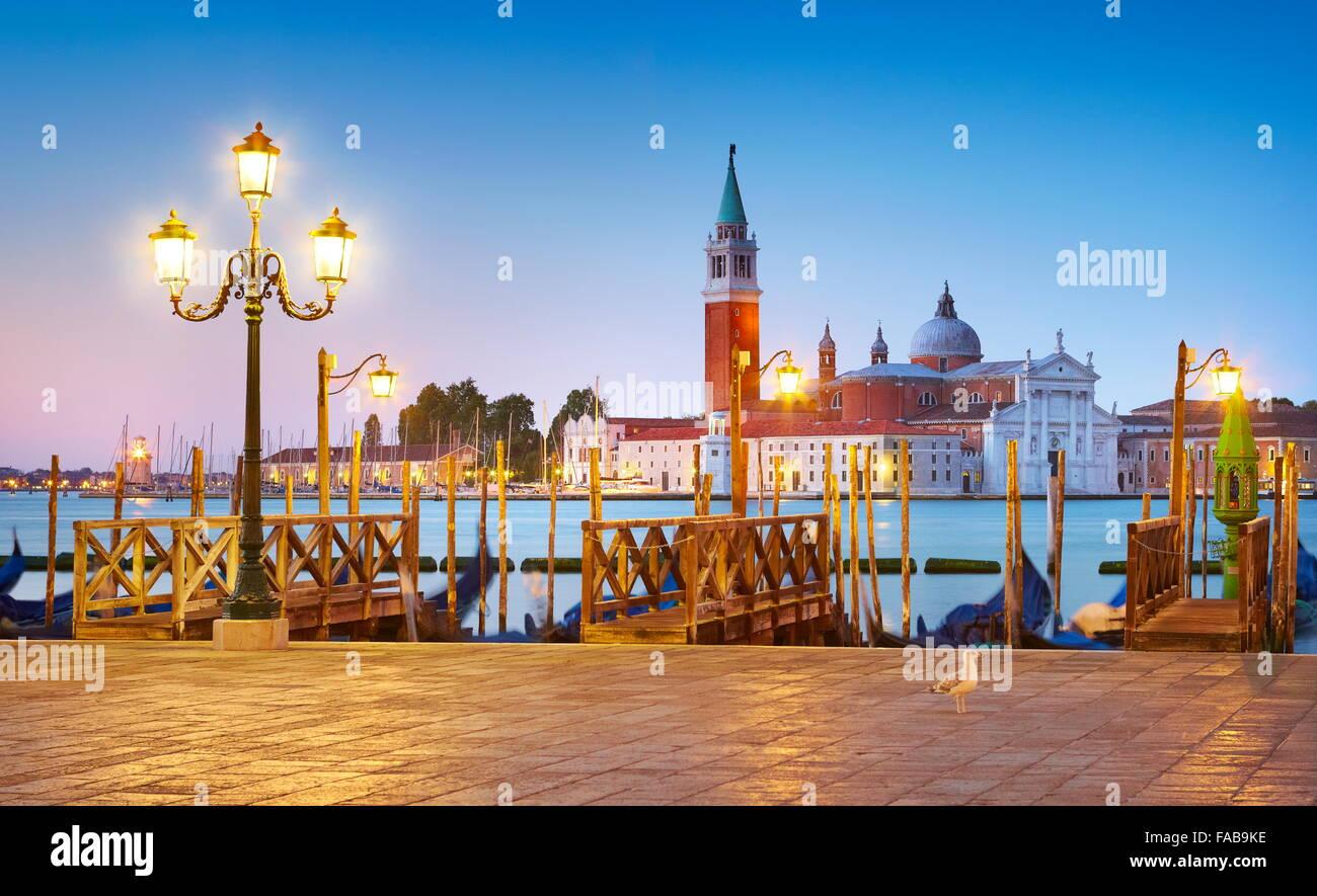 En la noche de San Marcos de Venecia - vistas a la Catedral de San Giorgio Maggiore, Venecia, Italia Imagen De Stock