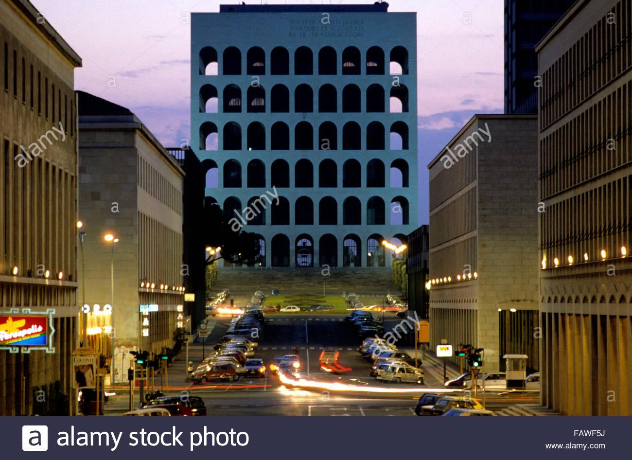 Palazzo della Civilta italiana, Roma, Italia Imagen De Stock