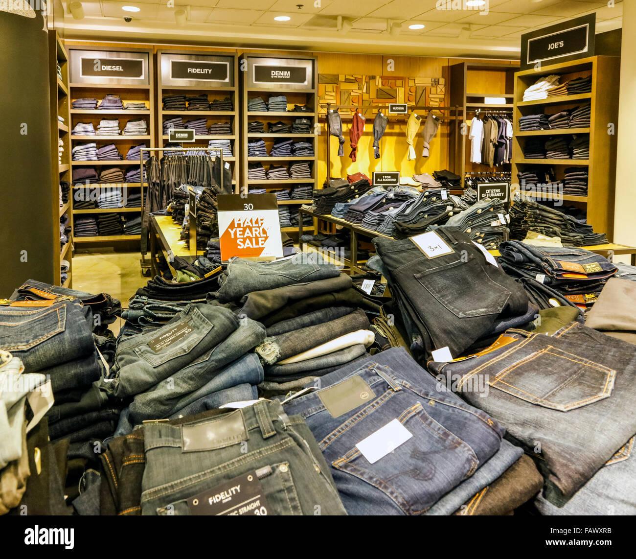 Mens Department Stores Fotos e Imágenes de stock Alamy