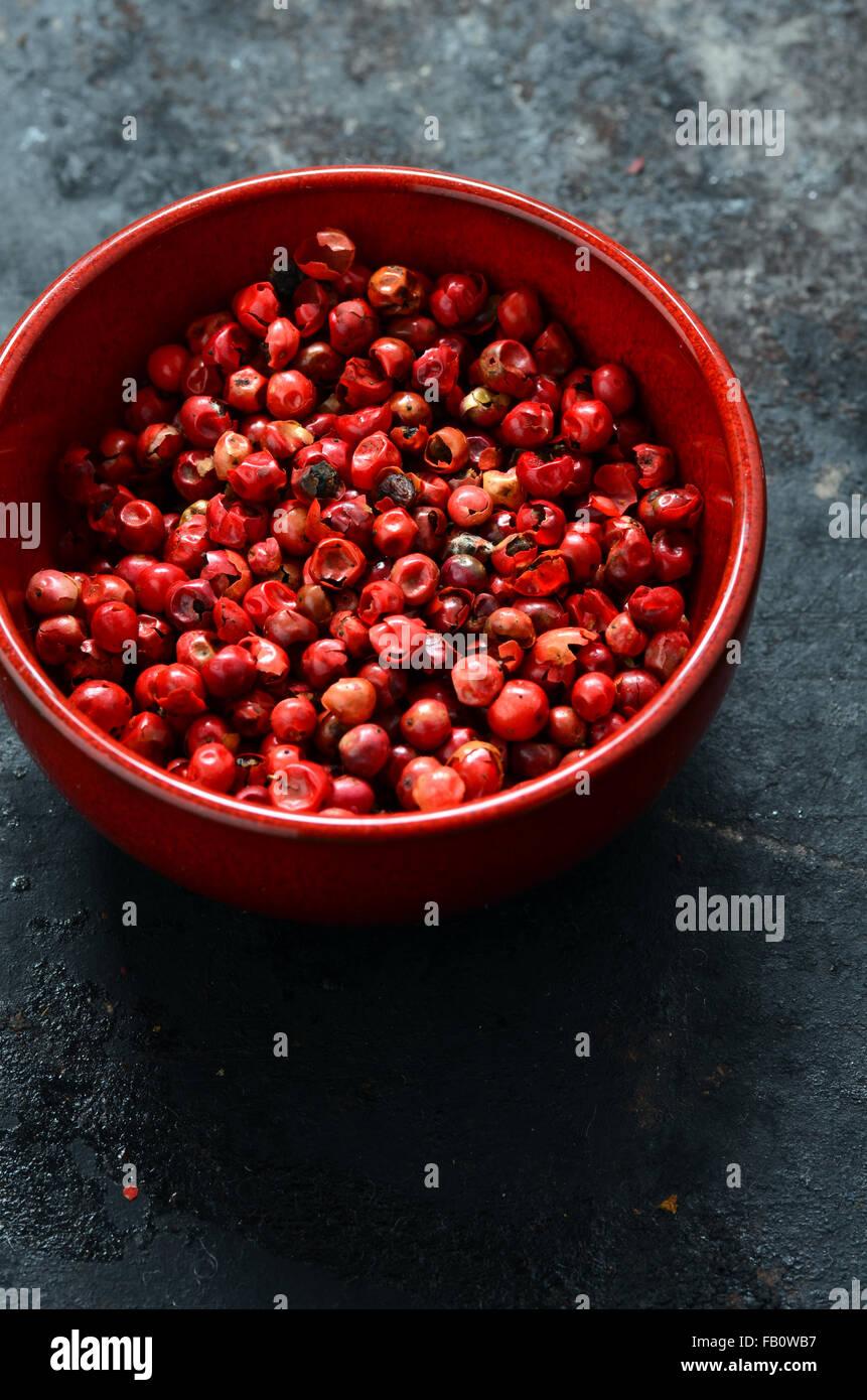 """Pimienta Rosa, también llamado """"Brasil Pepper', cerca de imagen Foto de stock"""
