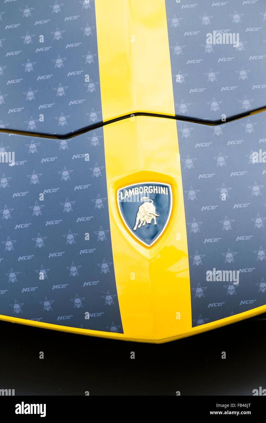 Logotipo De Lamborghini Lamborghini Capo De Un Coche Boblingen