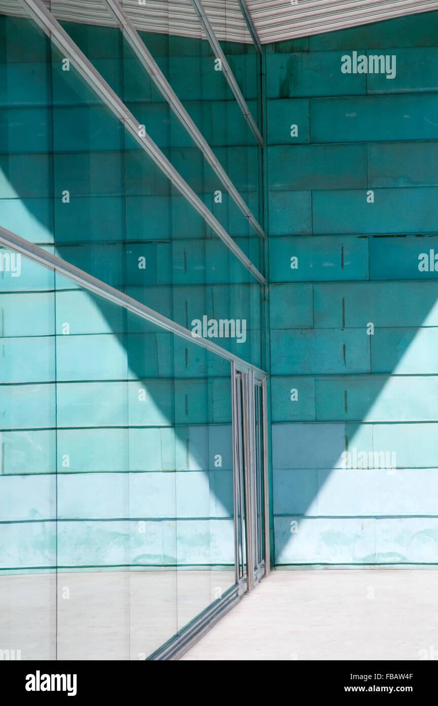 Entrada, Palacio de Deportes. Madrid, España. Foto de stock