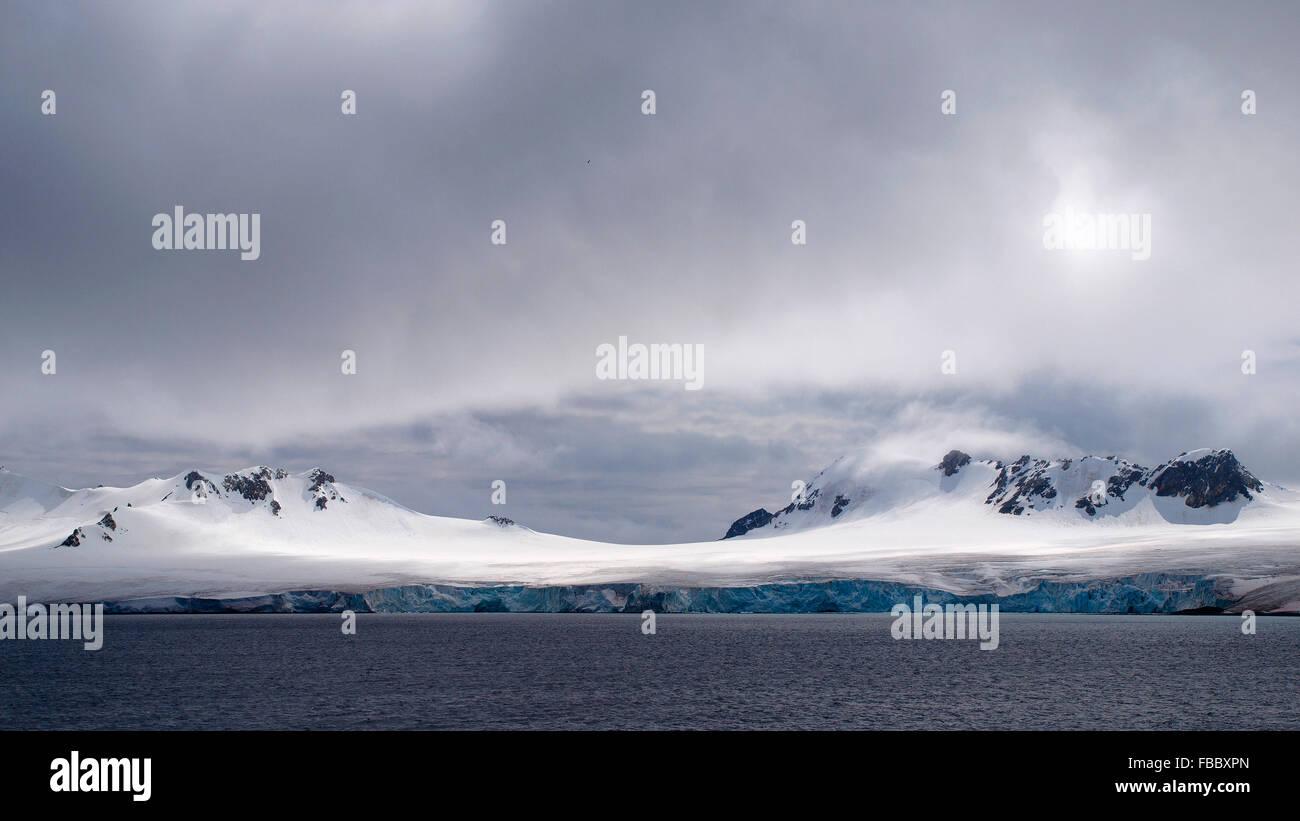 Glaciares costa de islas Orcadas del Sur Imagen De Stock