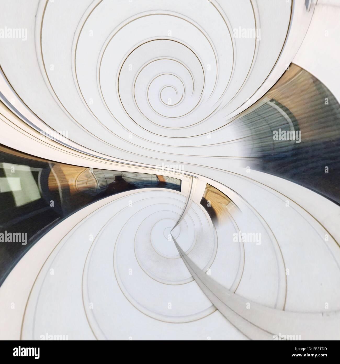 Imagen compuesta de Digital Blanco patrón caleidoscópica Imagen De Stock