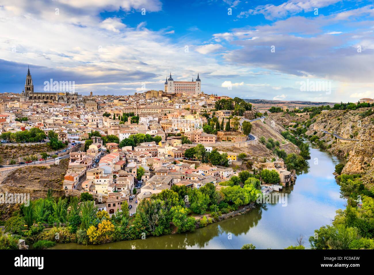 Toledo, España ciudad vieja ciudad. Imagen De Stock