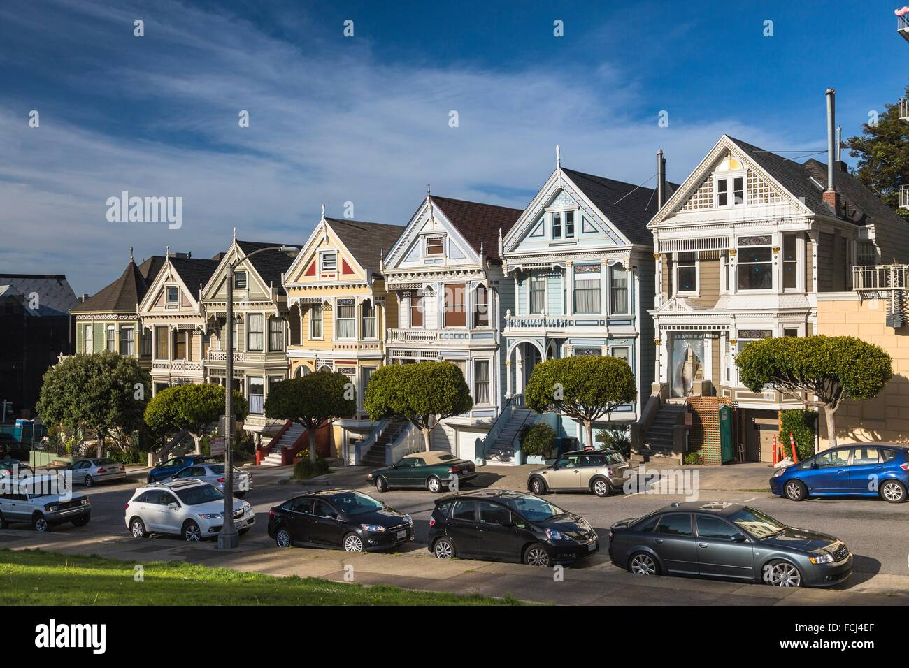 Las Famosas Casas Damas Pintadas En San Francisco California Ee Uu Fotografía De Stock Alamy