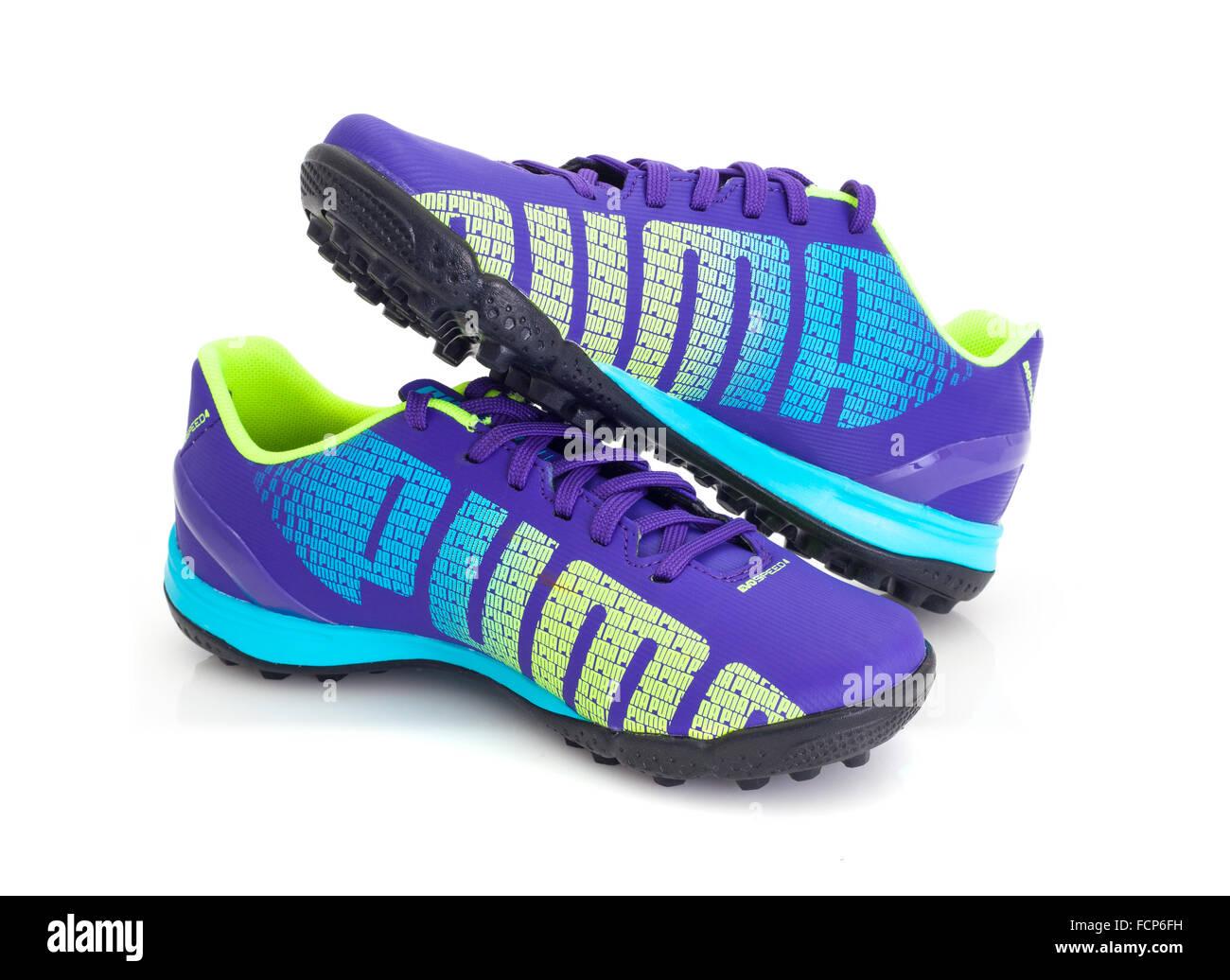 Puma Evospeed botas de fútbol 4 sobre un fondo blanco. Imagen De Stock 2adce7474d4f6