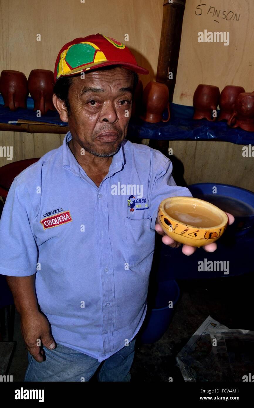 La chicha de jora (maíz fermentado- Ganso Azul - restaurante Typycal en  CATACAOS. e0e1bdff71b
