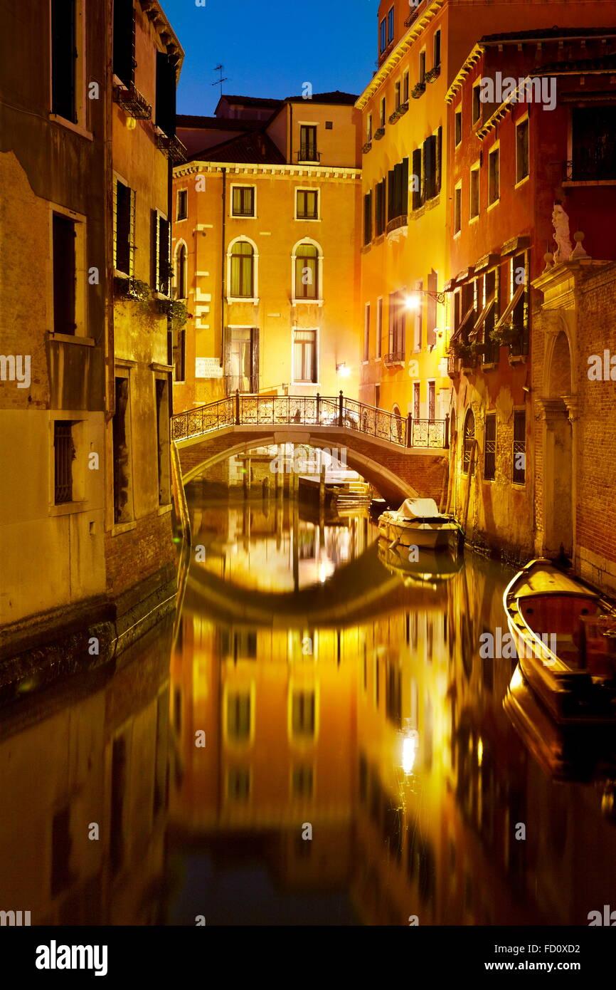 En la noche, Venecia Veneto, Unesco, Italia Imagen De Stock