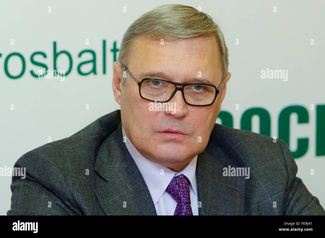 Rusia. San Petersburgo. Político ruso Mikhail Kasyanov en una conferencia de prensa. Imagen De Stock