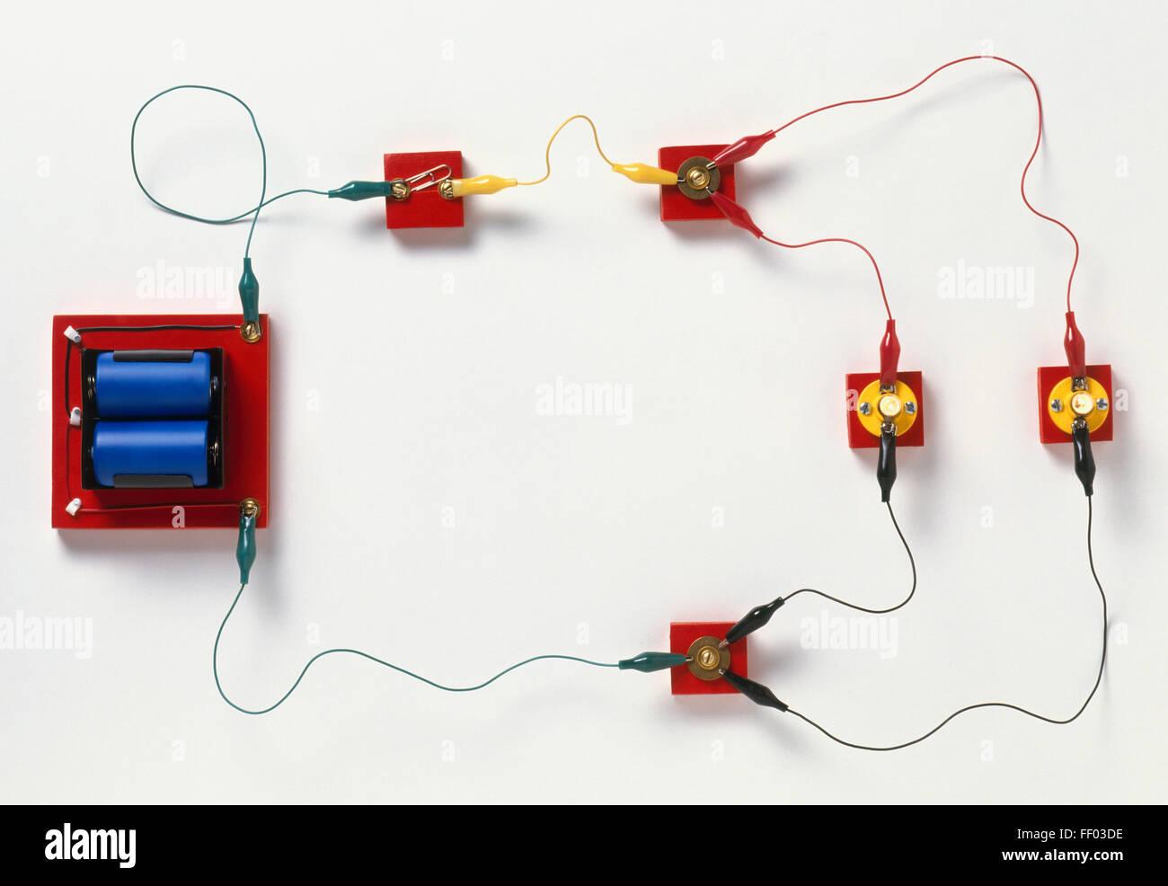 Circuito Paralelo : Circuito eléctrico dividido en ramas circuito paralelo foto