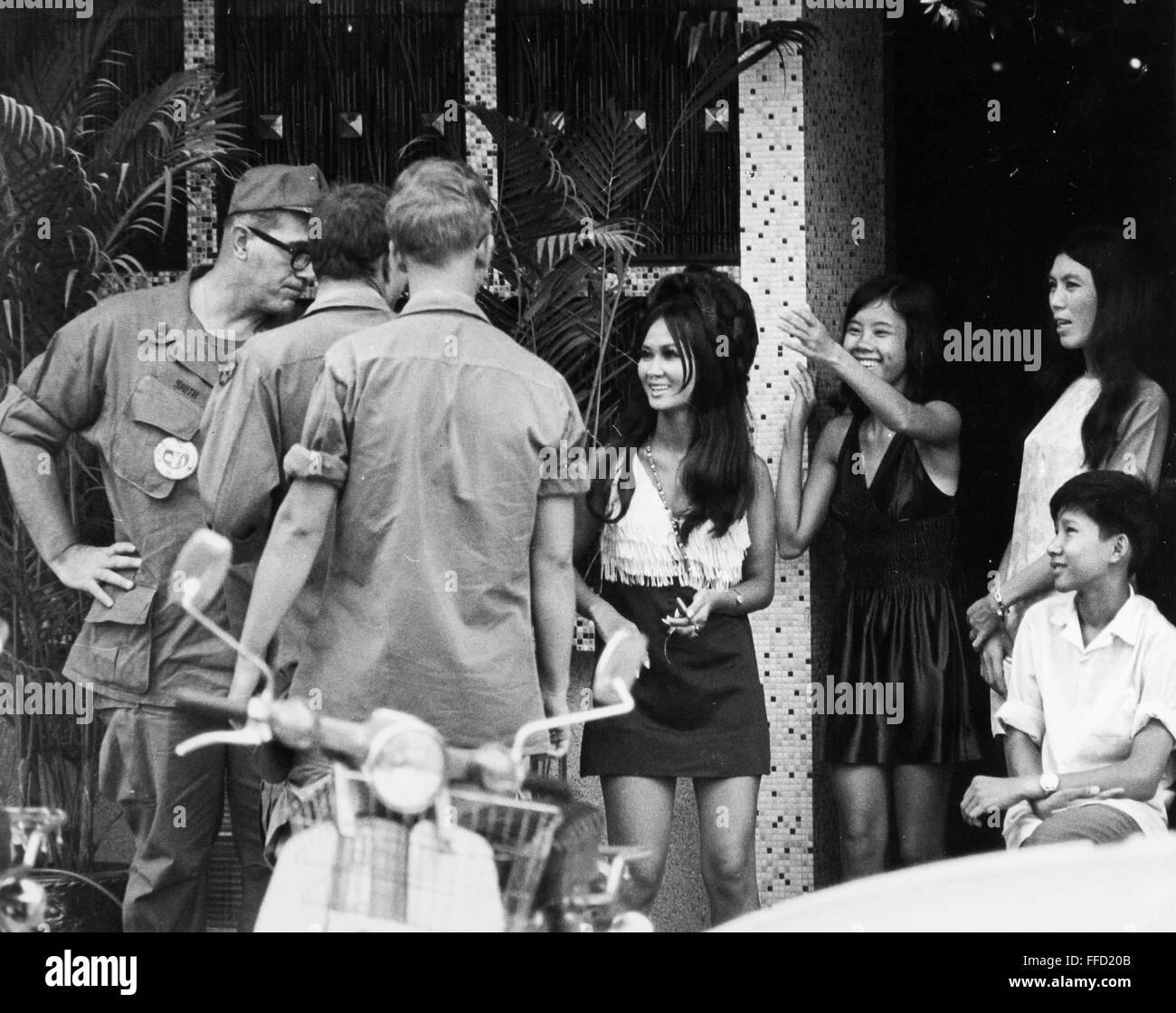 Vietnam bar girls