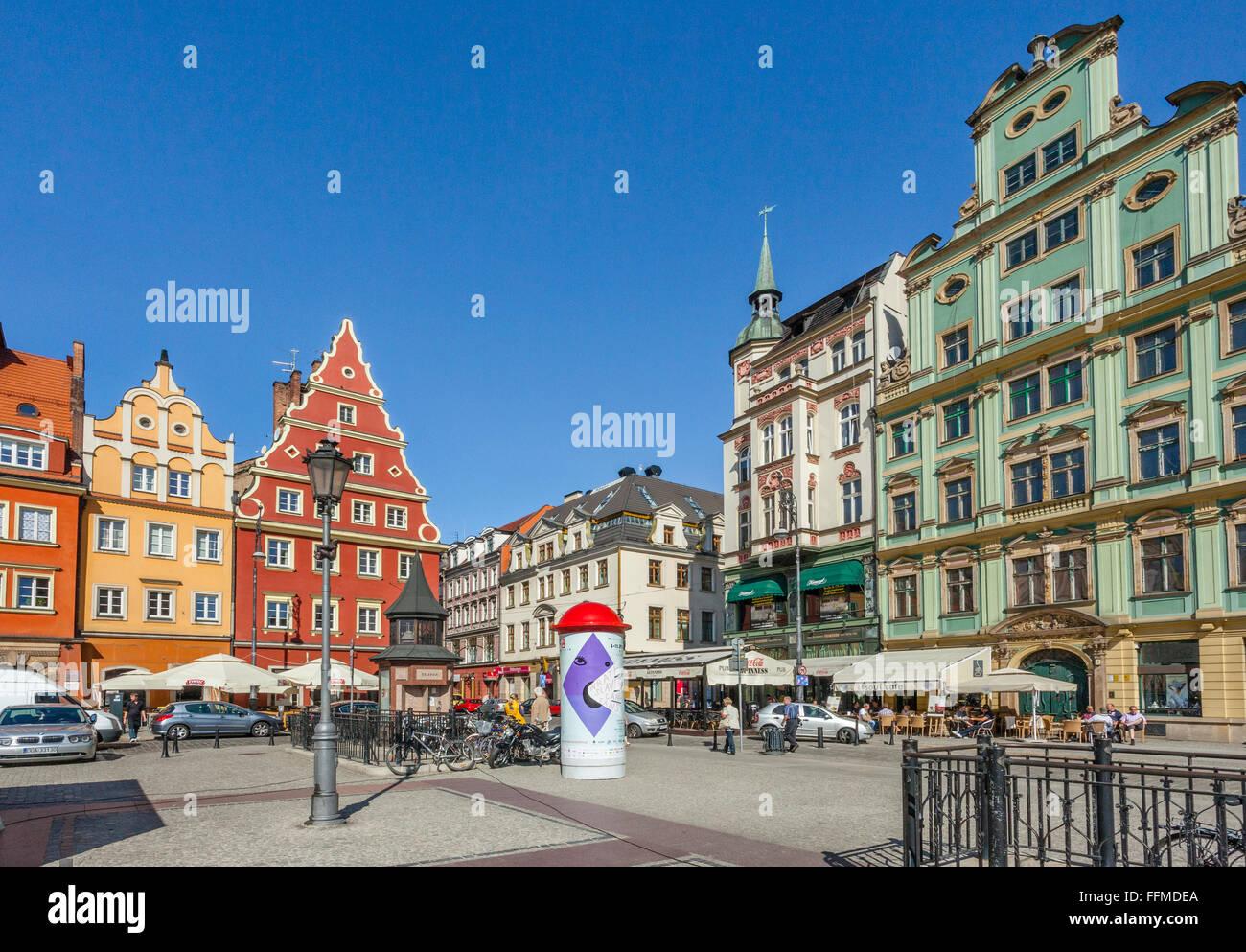 Polonia, Silesia Baja, Wroclaw (Breslau), casas patricias en la Plaza del Mercado de sal Foto de stock